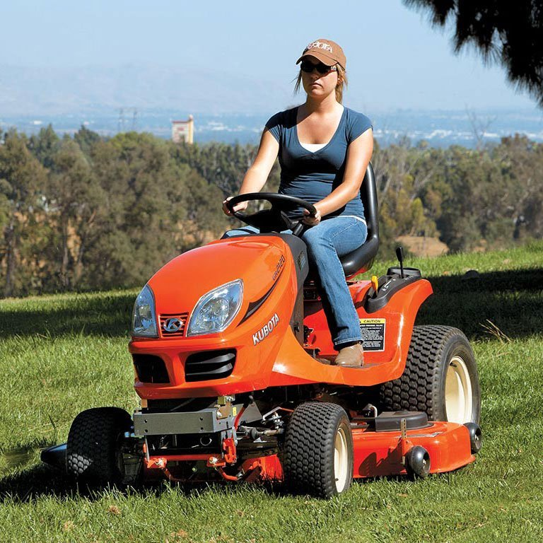 Kubota GR Series Lawn Tractors Picture