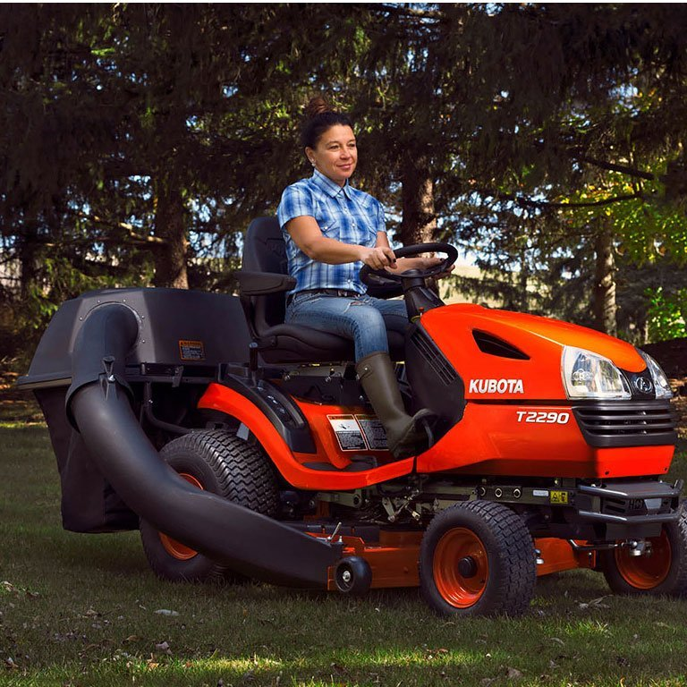 Kubota T90 Series Lawn Tractors Picture