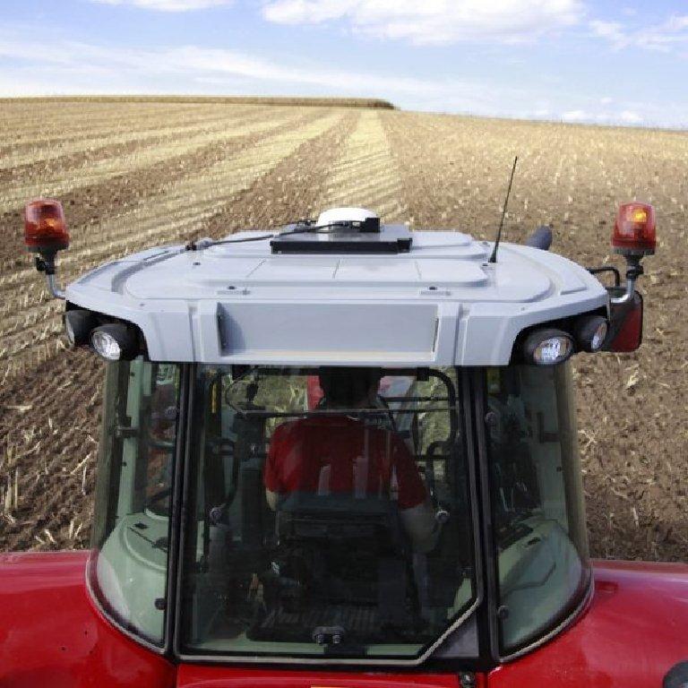 Massey Ferguson 5700SL Series Tractors Picture
