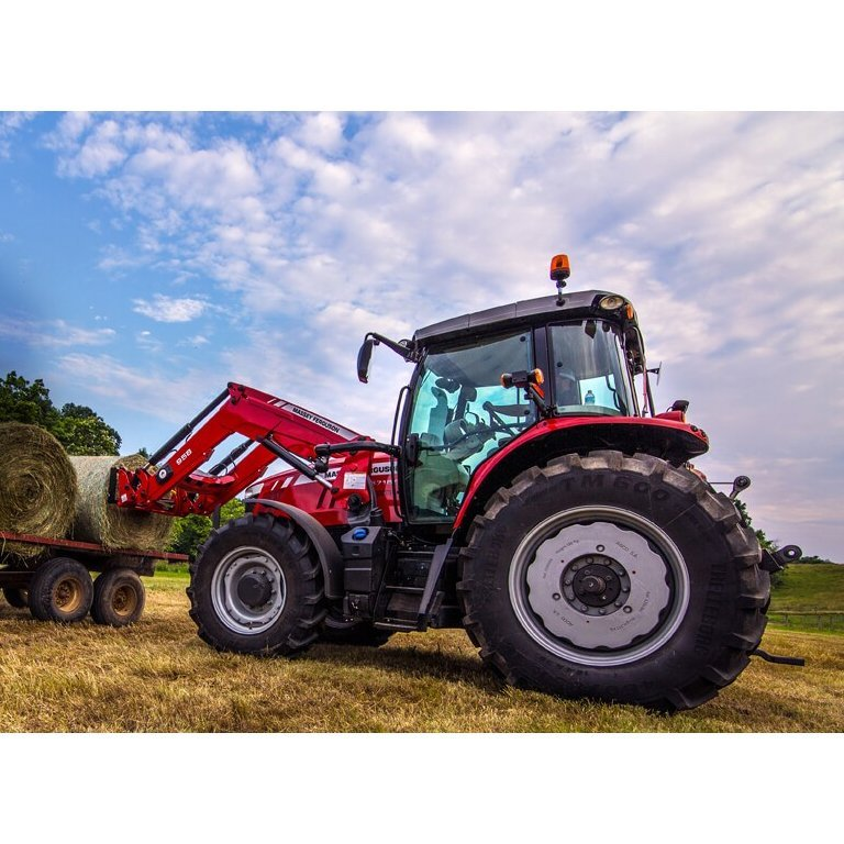 Massey Ferguson 6700S Series Tractors Picture